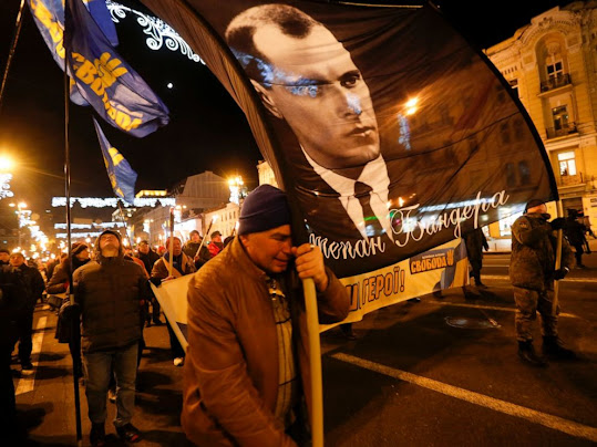 Ukraine Bandera OUN-B Svoboda youth Nazi extremism