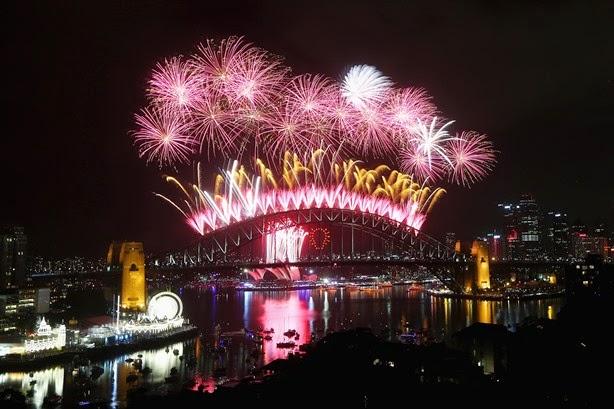 New Year 2016 Eve Celebration Fireworks Sydney 3D Images