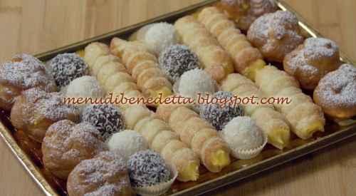 Cabaret di pasticcini ricetta Benedetta Rossi