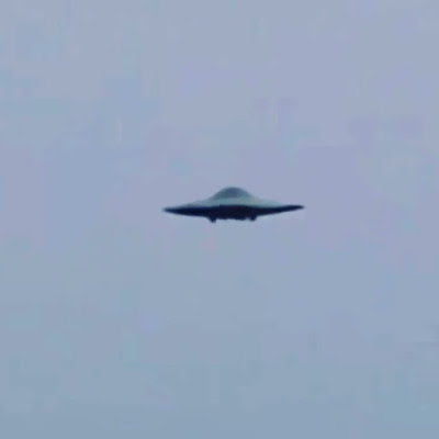 The Mothership UFO looks like a Flying Saucer.