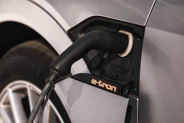 Audi e-Tron 2021 começa a ser vendido no Brasil - preços e detalhes