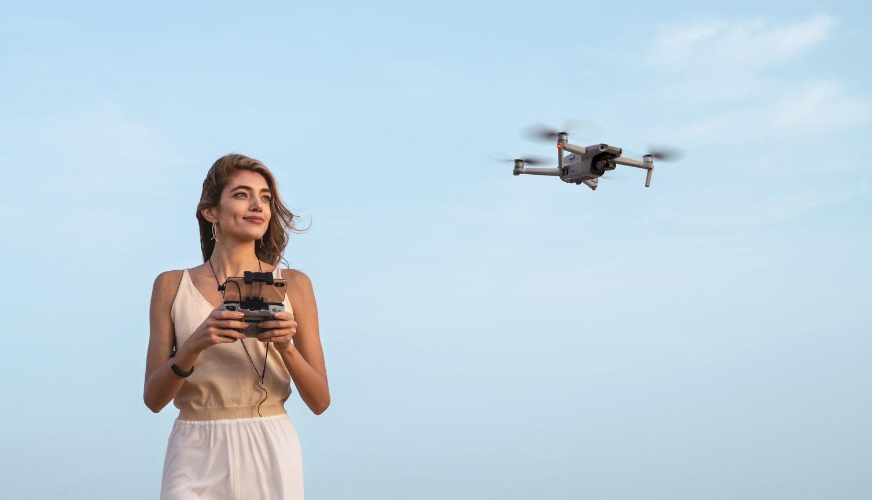 DJI MAVIC AIR 2, drone pieghevole e compatto con capacità 8K ...