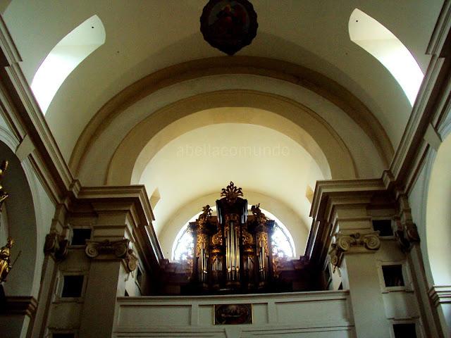 igreja nossa sra da vitoria - a Bella e o Mundo