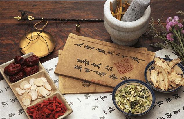 Học Trung cấp Y sĩ Y học cổ truyền có mở được nhà thuốc Đông y không?