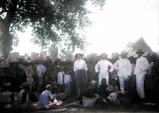hari pekan pasar di samosir masyarakat dan beberapa orang eropa