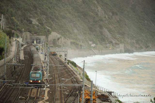 Tren de Corniglia