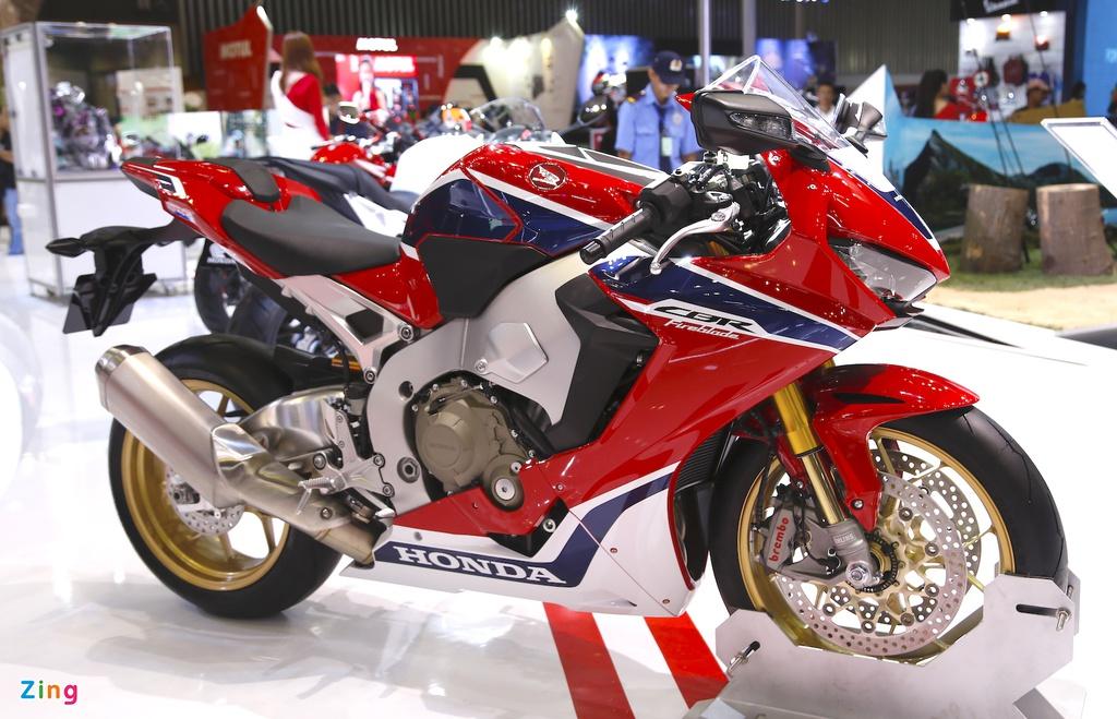 Tầm 600 triệu đồng mua sportbike nào ngoài Yamaha YZF-R6 2020?