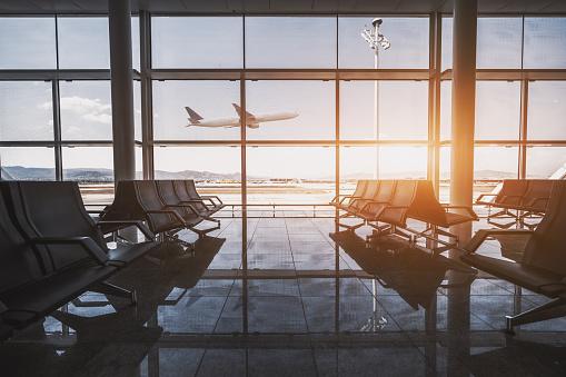 6 Bandara Unik Di Dunia