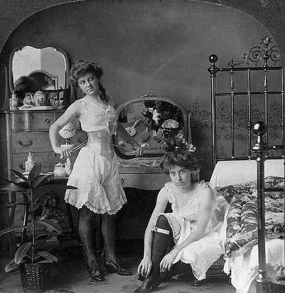 foto prostitusi wanita tuna susila di jaman dahulu