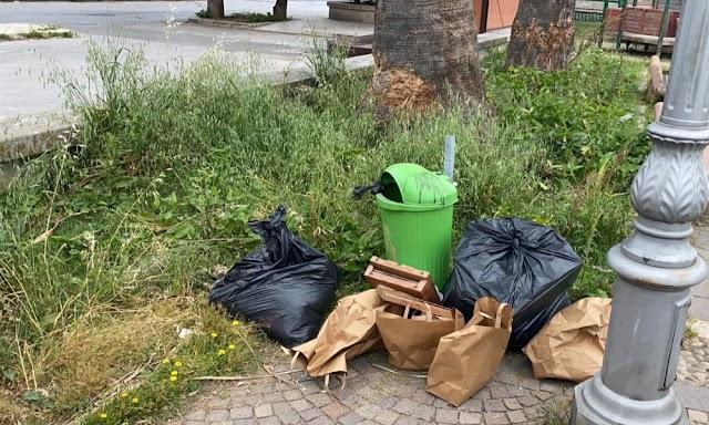 Milazzo, raccolta differenziata e rifiuti abbandonati