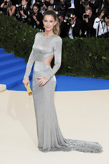 Gisele Bundchen wearing Platinum