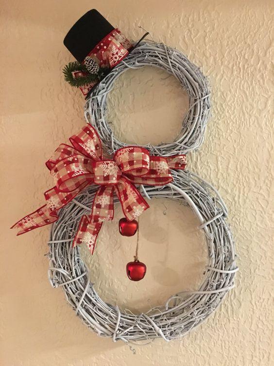 Haz espectaculares adornos de mu ecos de nieve para la for Adornos navidenos sencillos