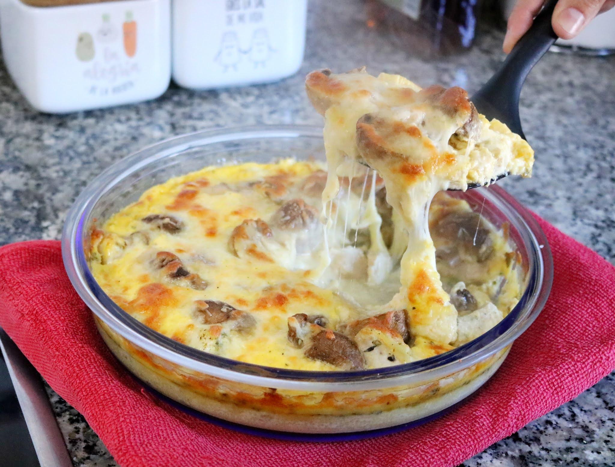 Pollo al queso con champiñones