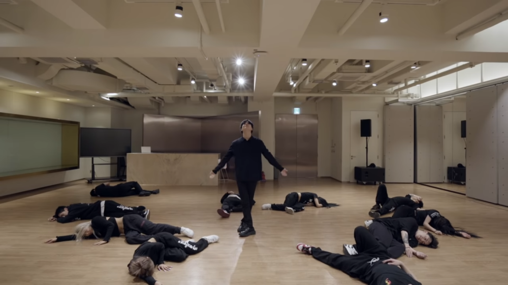 SHINee's Taemin Presents Stunning Choreography on 'IDEA' Dance Practice Video