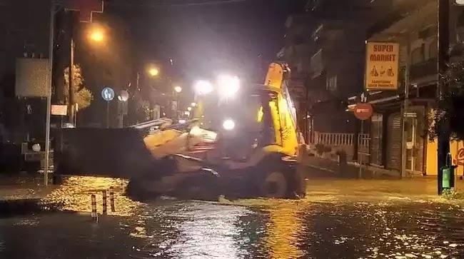 «Φούσκωσε» η θάλασσα στην Κατερίνη! Εντολή εκκένωσης σπιτιών