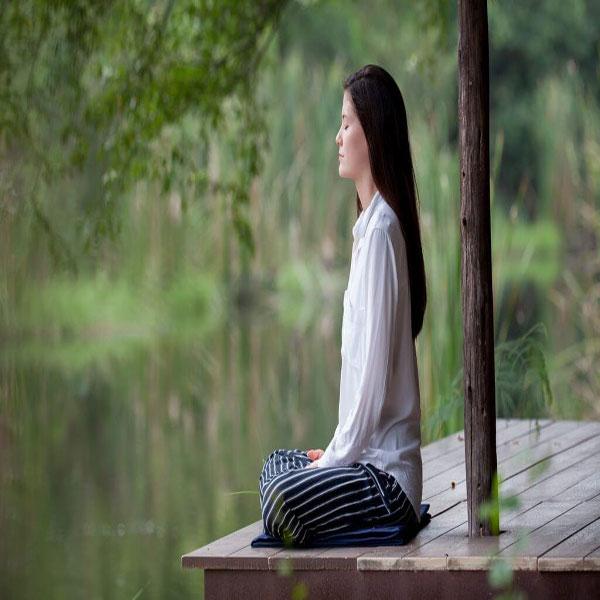 Hành thiền thường xuyên giúp cuộc sống an yên