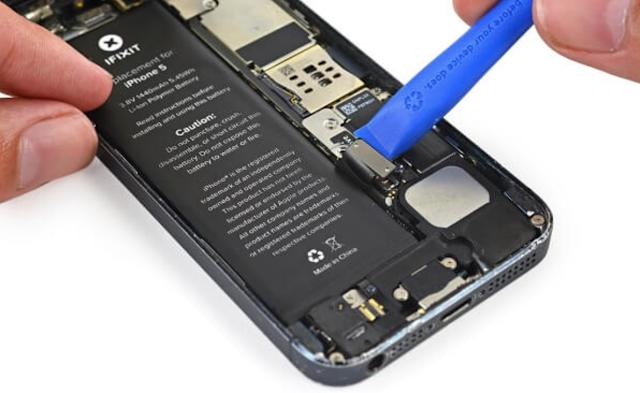15+ Tips Cara Merawat Baterai HP Agar Tidak Mudah Bocor