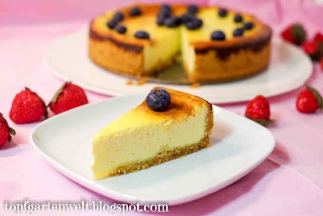 Kuchen Rezept | Topfentorte | Käsekuchen | Faule-Weiber-Kuchen mit Schmand - Foodblog Topfgartenwelt