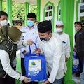 Jabar Bergerak Santuni Puluhan Marbot Masjid di Purwakarta