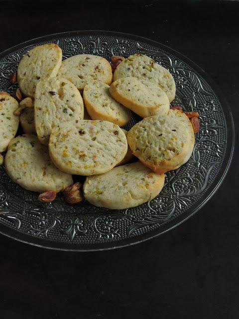 Pistachios Cookies, Eggless Pistachio Cookies