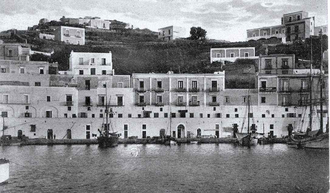 Frammenti Di Ponza Giorgio E Germaine Un Amore Indissolubile
