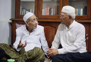 KH Maimun Zubair Wafat Di Mekah