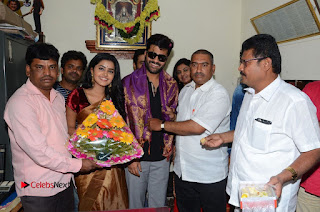 Shatamanam Bhavati Team at Sandhya Theater  0132.JPG