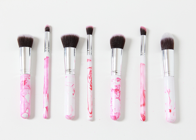 marble makeup brushes. ironically, i wear very little to no makeup, have always been just a lip gloss and mascara girl. my daughter, however, loves play with marble makeup brushes p