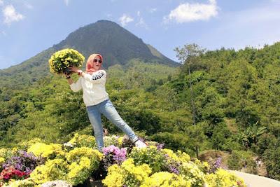 Lokasi Batu Flower Garden Coban Rais