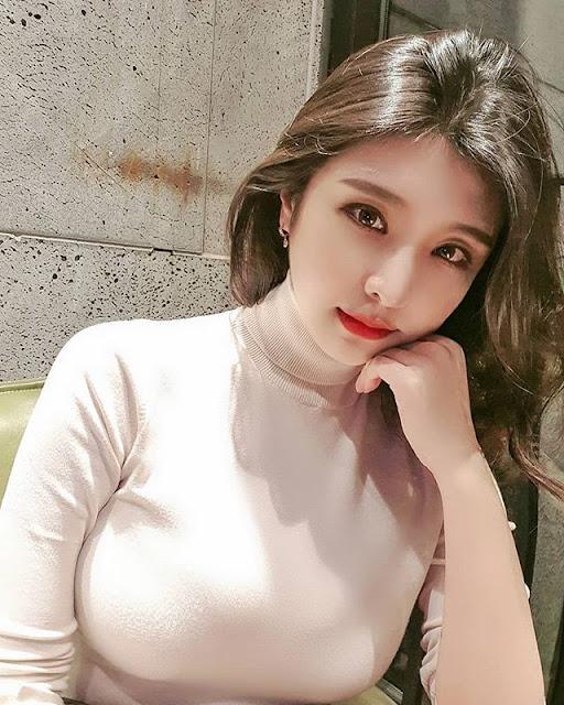 Hyunseo Park Photos