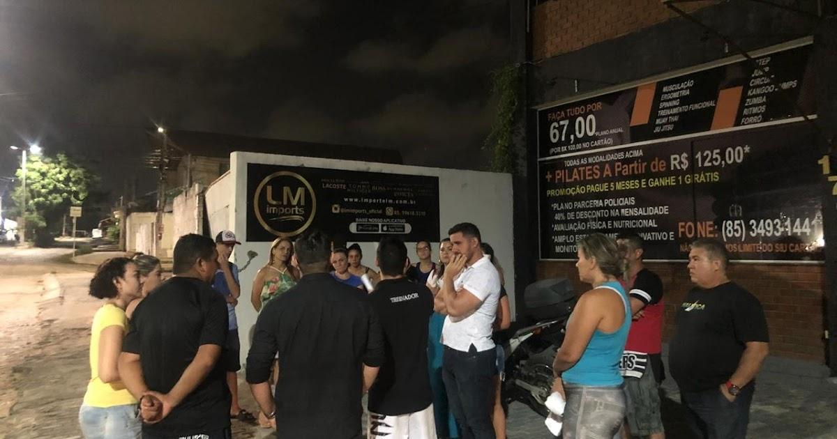 Academia fecha as portas sem avisar e deixa alunos revoltados. ~ Fábio Lemos c8257420f3
