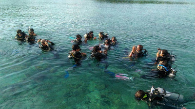 scuba diving di bunaken