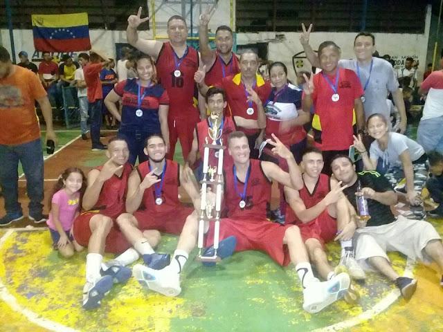 APURE: Taller Melaphins revalida el título en primera división de la liga regional de Baloncesto.