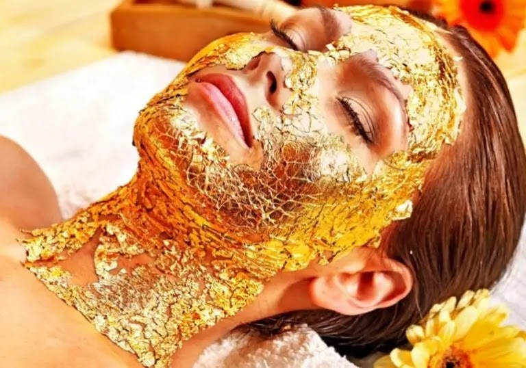 Gold mask, its types and benefits