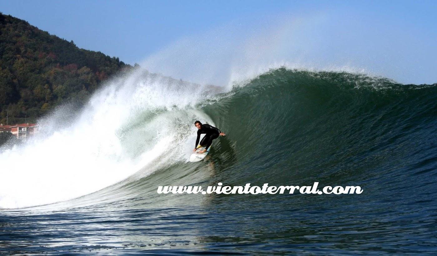 Fotos de Mundaka desde el agua por Viento Terral