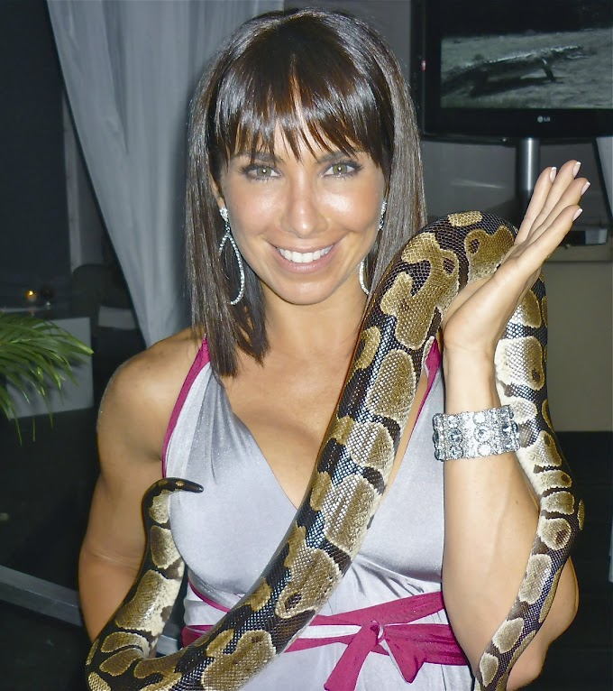 Moral Stories [A Snake and Women Story]