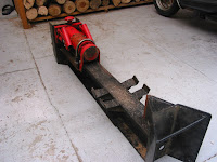 手動の薪割り機
