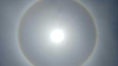 Fenomena Alam Langka 'Halo Matahari', Warga Parepare Lihat Penampakan Matahari Bercincin