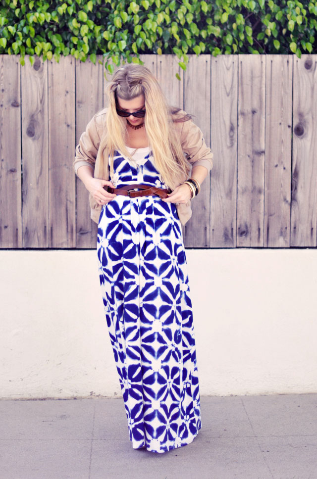 tie dyed blue and white maxi dress