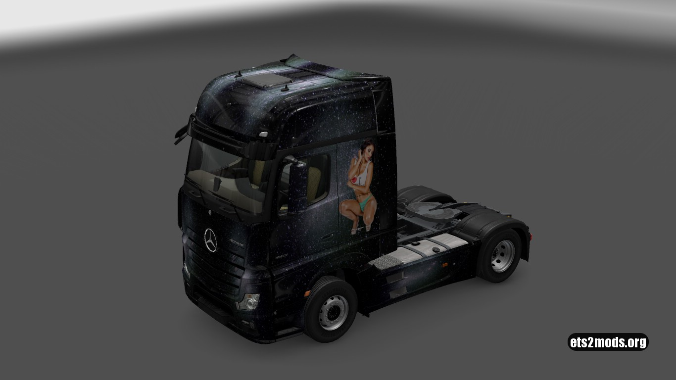 Mercedes MP4 Chica (Girl) Skin