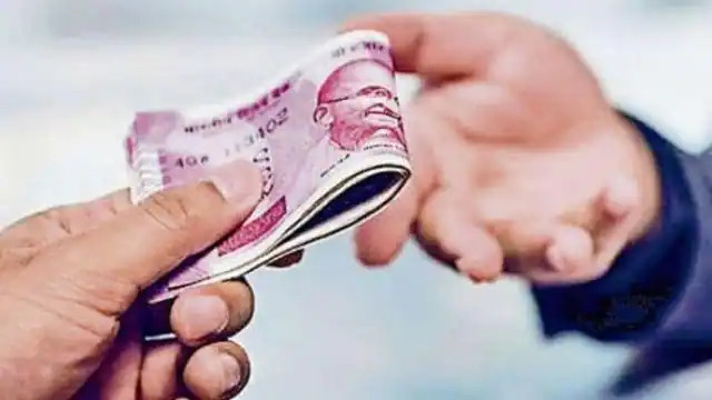 डीएसपी का रीडर ए.एस.आई. 30,000 रुपए रिश्वत लेता रंगे हाथों काबू