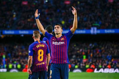 سارابيا يدافع عن مهاجم برشلونة