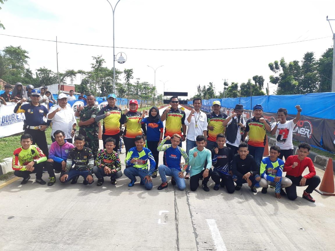 Kemeriahan Millenial Road Safety Kejurda Banten Open Drag Bike