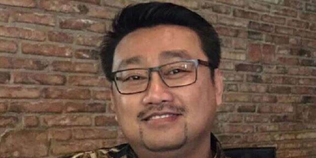 "Sindiran Rachland: Soal Vaksinasi, Jokowi Lebih ""Tegas"" Ketimbang Pemimpin AS, Inggris, Dan Perancis"