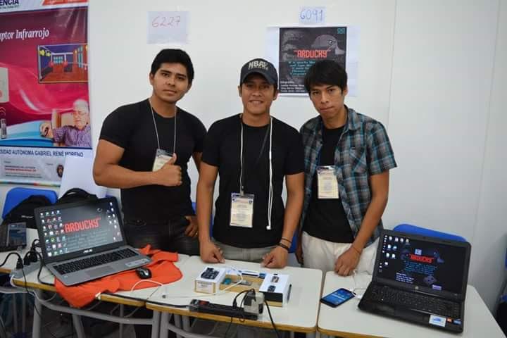 Arducky desarrollar un software y/o aplicación que demostrar la vulnerabilidad física que tiene un dispositivo.