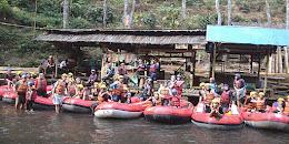 Paket Fun Rafting bandung pangalengan