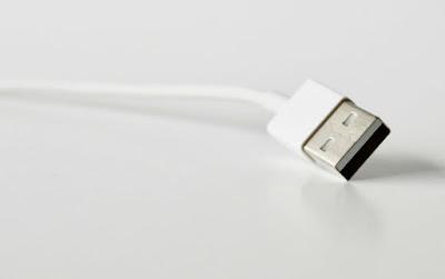 Cek Kondisi Kabel USB