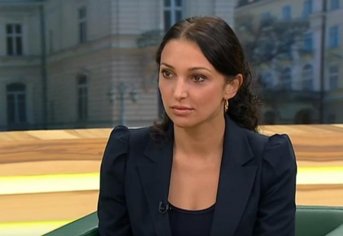 Заступник керівника Міграційної служби Д. Пімахова провела брифінг щодо отримання хабара