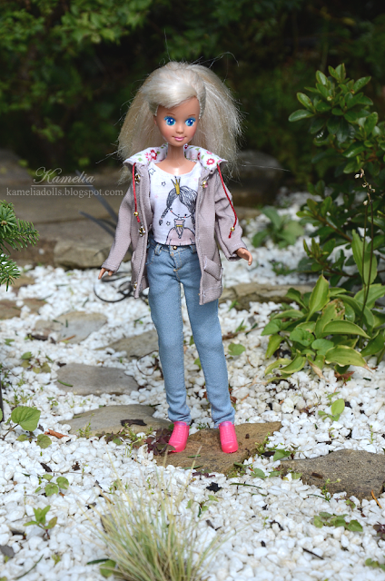 Outfit for Skipper doll jeans, blouse and parka jacket