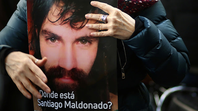 Reportan que el cadáver hallado en Argentina es el del joven desaparecido Santiago Maldonado